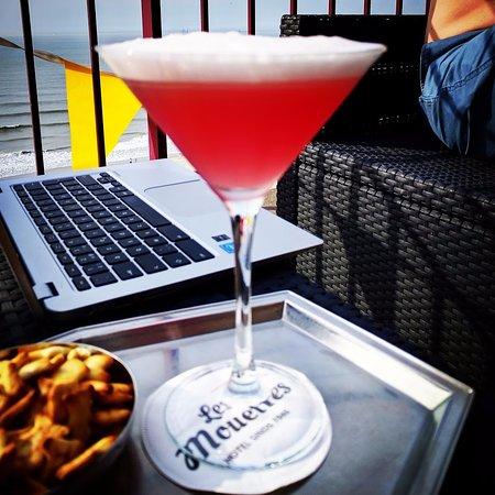 Wenduine, België: Heerlijke cocktail op het dakterras