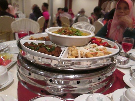 Bangi, Malesia: Delicious menu for the night...