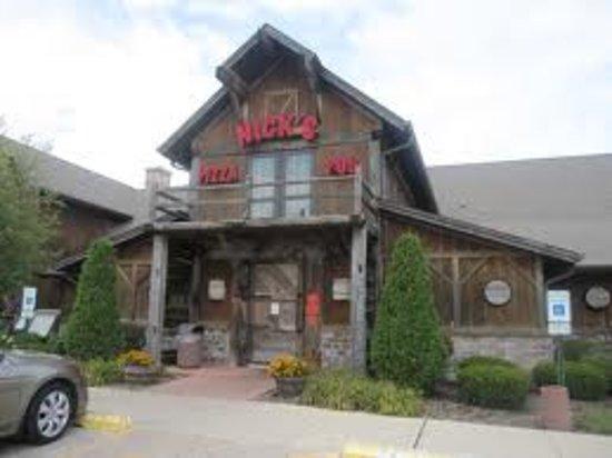 Crystal Lake, Ιλινόις: Nick's Pizza & Pub