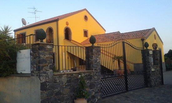Agriturismo Serra San Biagio - Fiumefreddo di Sicilia