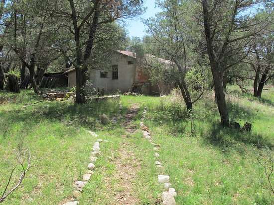 Douglas, AZ: Path Leading to the old ranch house