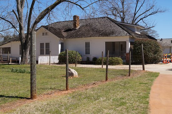 Plains, GA: President Jimmy Carter's boyhood home