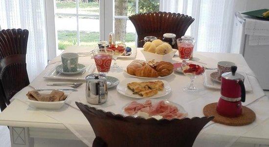 Val della Torre, Itália: super colazione