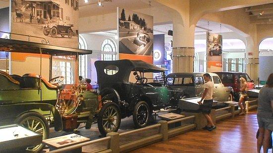 เดอะ เฮนรี ฟอร์ด: Heritage Automobiles