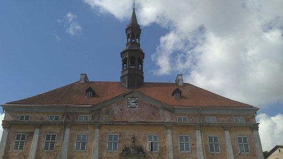 Narva, Estland: еще раз ратуша