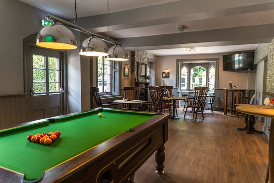 Martley, UK: pool table