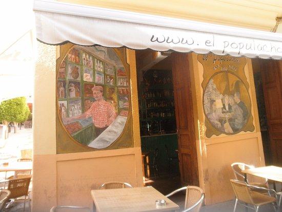 Агимес, Испания: Entrada