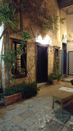 The Fauzi Azar Inn: entrance to one of the comunal rooms