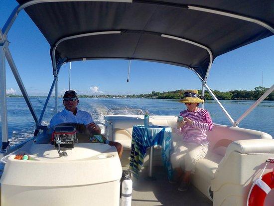 Osprey, فلوريدا: Captain Charlie
