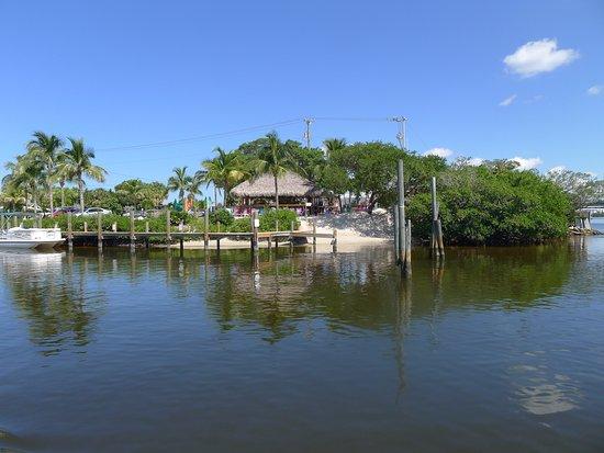 Osprey, فلوريدا: returning to marina at Casey Key Fish House