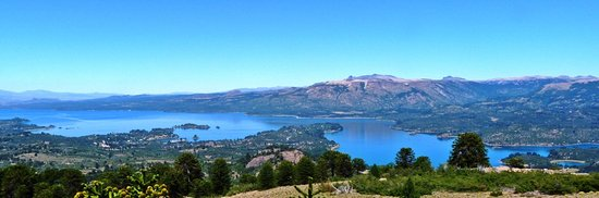 Villa Pehuenia, Argentina: Mirador de las antenas - Lago Aluminé