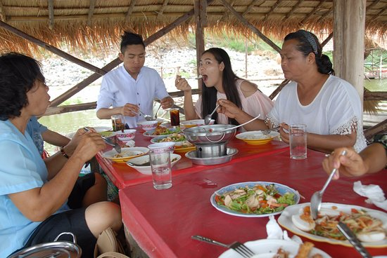 Sub Lek Reservoir Have A Nice Lunch