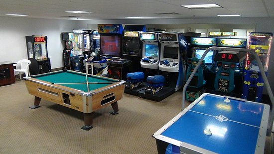 Delavan, WI: Game Room