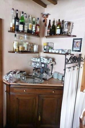 Piandimeleto, Italia: angolo bar