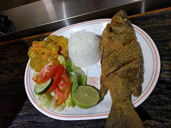 El Ambia Cubano: Fresh whole snapper