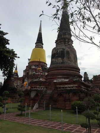 Wat Yai Chai Mang Khon: IMG_20160803_180453_large.jpg