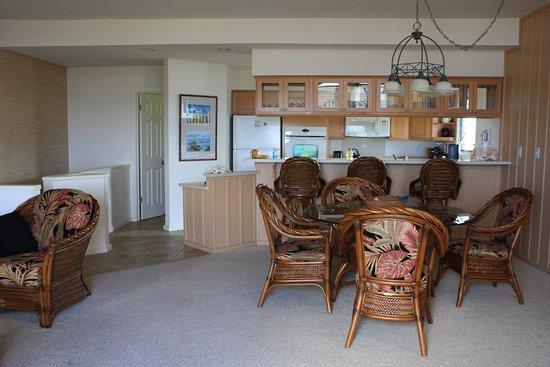 Poipu Kai Resort - Suite Paradise: Living room - kitchen - opposite side sliding doors w/ garden view