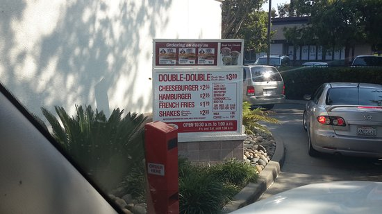 In-N-Out Burger: In-out Drive thu