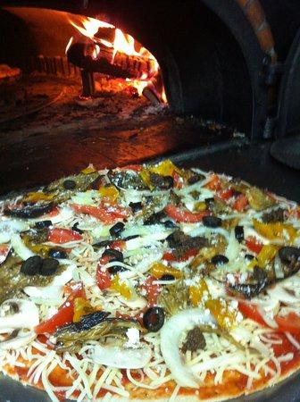 Pézenas, Francia: pizza 4 saisons