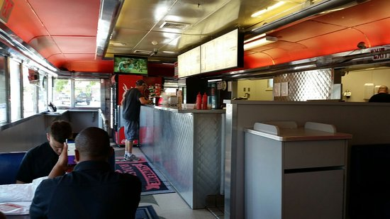 Supreme Roastbeef: Diner, with comfortable booths