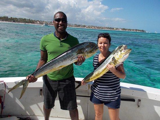 Deep sea fishing charters gone fishing punta cana www for Fishing in punta cana