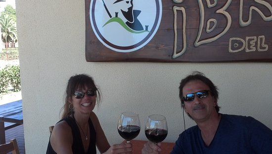 I Briganti del Parco: Enjoying the delicious wine at I Briganti Parco