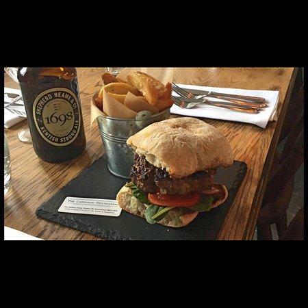 Faversham, UK: homemade burger