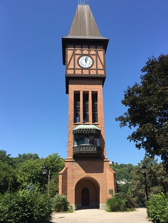 Covington, Κεντάκι: Clock tower animation telling the pied piper story