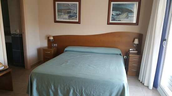 Hotel Tamariu: 20160823_182343_large.jpg