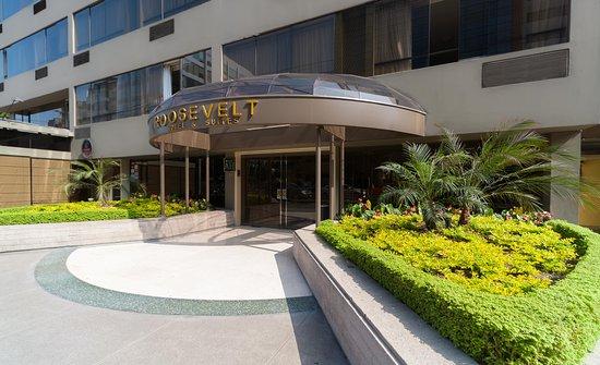 Roosevelt Hotel & Suites : Ingreso al Hotrel Roosevelt