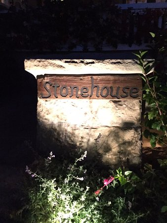 San Ysidro Ranch, a Ty Warner Property: Stonehouse restaurant