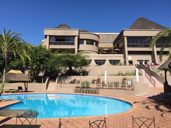 Elephant Hills Resort: Hotel Exterior