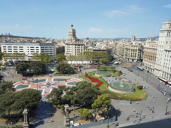 Plaza de Cataluna