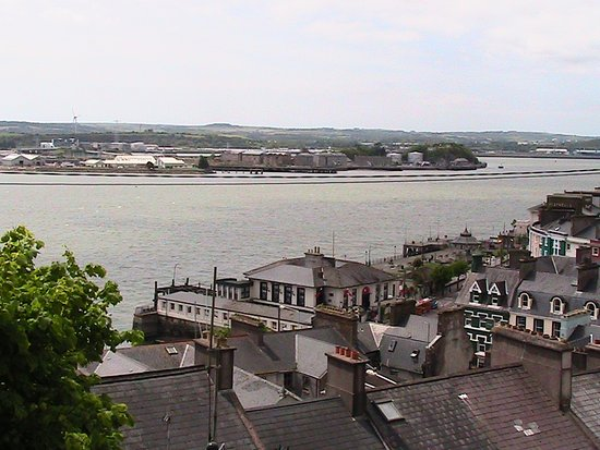 Коб, Ирландия: View of Cobh from the Cathedral