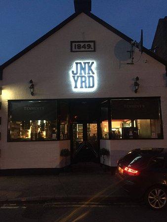 Hamilton, UK: Junkyard