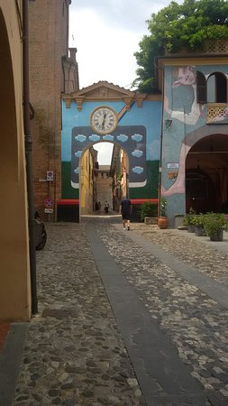Dozza, Italia: 20160819_123149_large.jpg