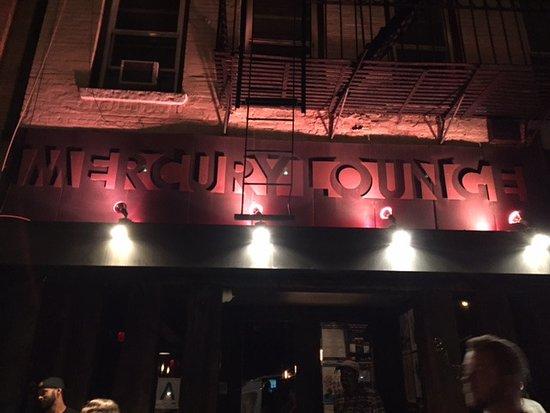 Mercury Lounge: Entrance