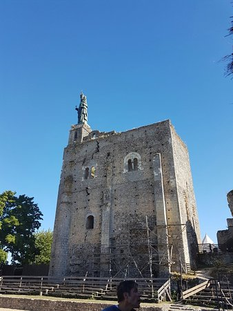 Montbazon, Francia: 20160824_173854_large.jpg