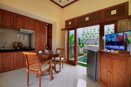 Puri Hari Resort & Villas