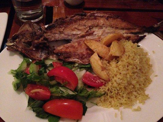 The Change: Cena con pesce alla griglia, riso e verdure.
