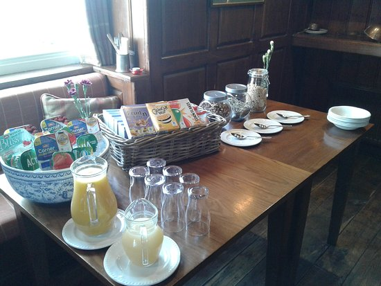 The Edgcumbe Arms: Breakfast
