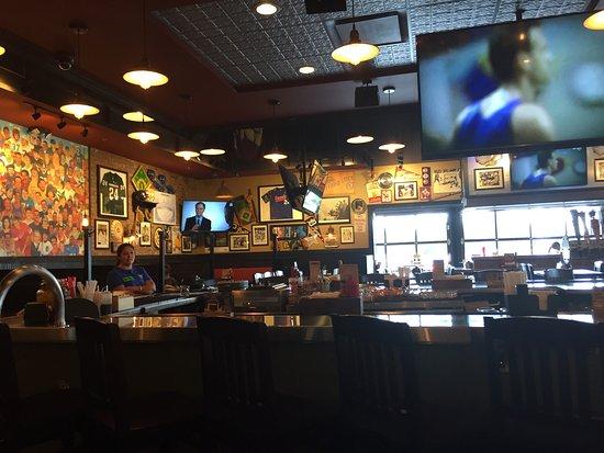 Taylor, MI: Dining area