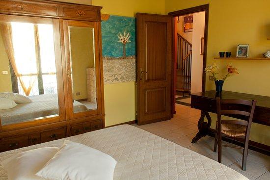 San Gregorio di Catania, Itália: Camera matrimoniale (blu)