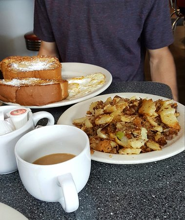 Roswell, GA: French Toast and homefries