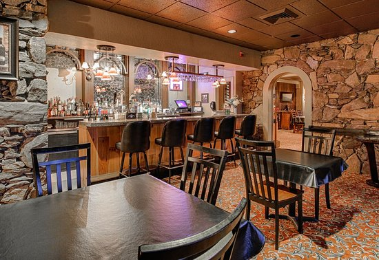 Fontana Village Resort: Bears Den Lounge