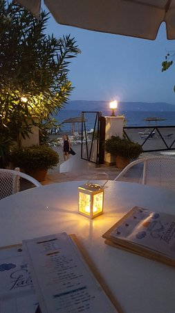 Erofili Hotel: 20160822_204744_large.jpg