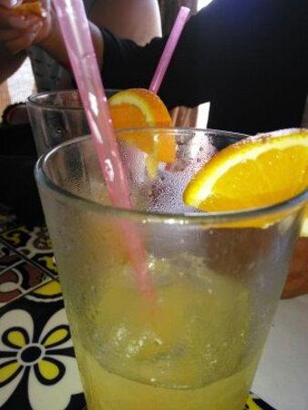 Puerto Nuevo, Mexico: Good Naranjada(Orange Fruit Drink) Freshly Squeezed, Great tasting!