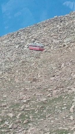 Pikes Peak Cog Railway: one of the 'trains' on the up cline