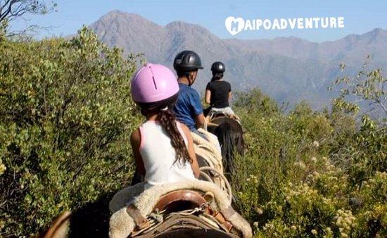 San Jose de Maipo, Şili: Cabalgatas en un parque rodeado de Naturaleza, cupos  03 o 04 de sept, 4 horas  $25.000