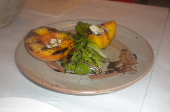 Ravine: Roasted Peaches with Balsamic Reduction